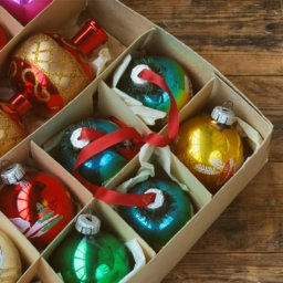Genius Tips for Storing Holiday Decorations   InStyleRooms.com/Blog