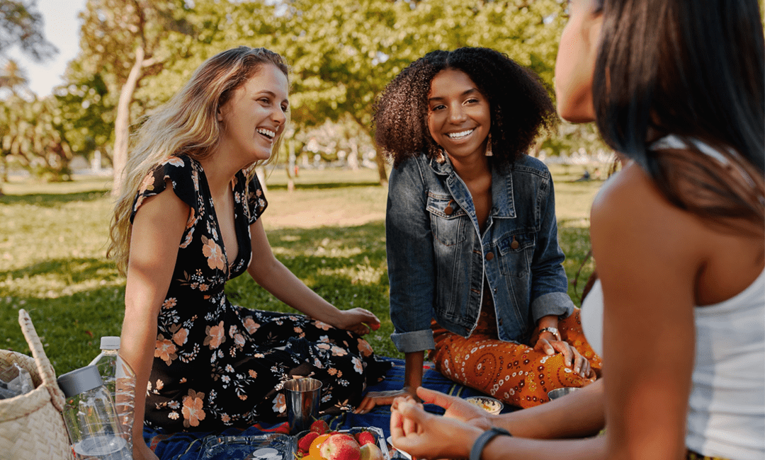 What to Take to a Picnic on National Picnic Day | InStyleRooms.com/Blog